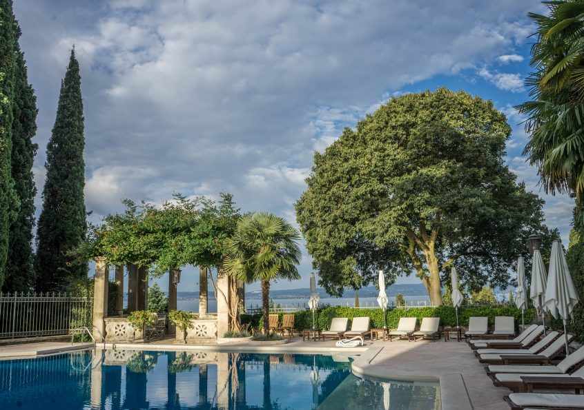 Embracing Green Technologies Can Make a Difference in Pool Care